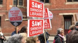 Save Swindon libraries protesters